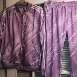 ADIDAS's SST TRACKSUIT WOMENS LARGE